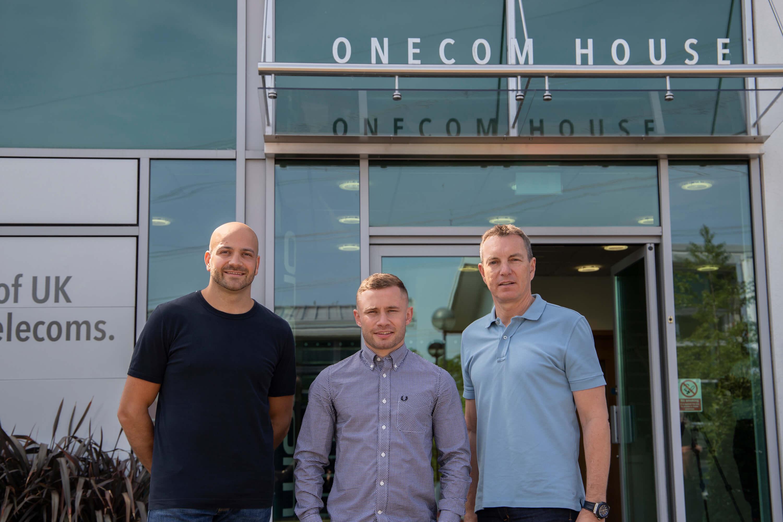 Carl Frampton MBE visits Onecom