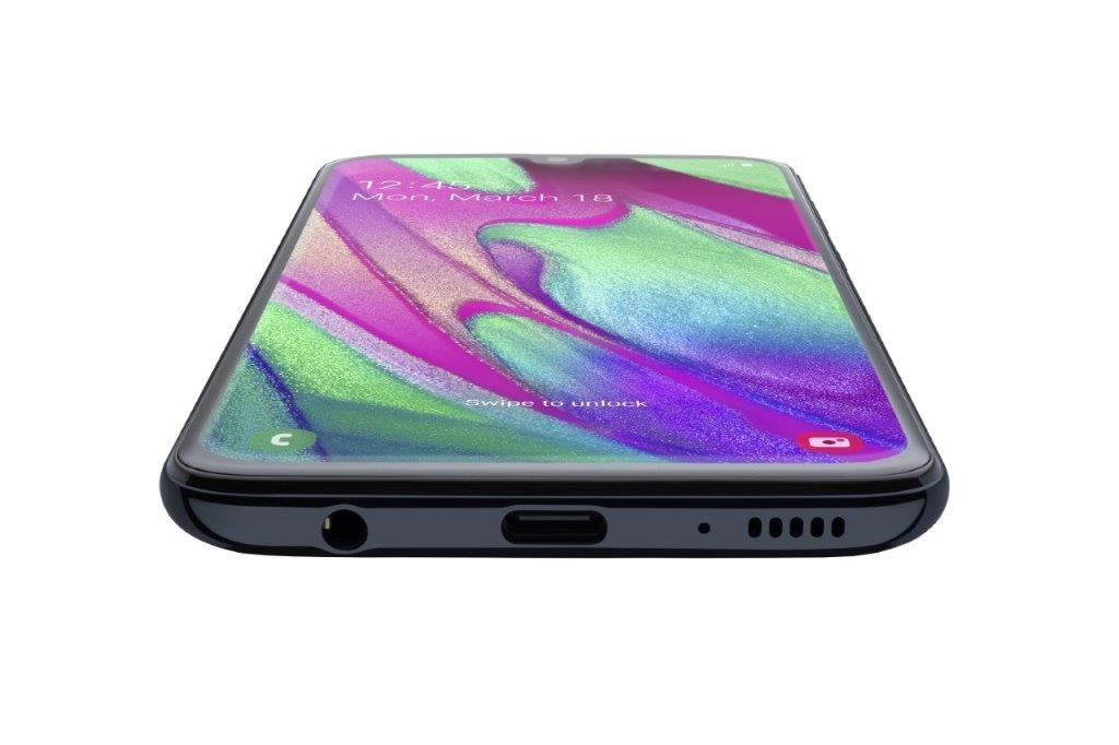 Samsung Galaxy A40 VS Galaxy A70