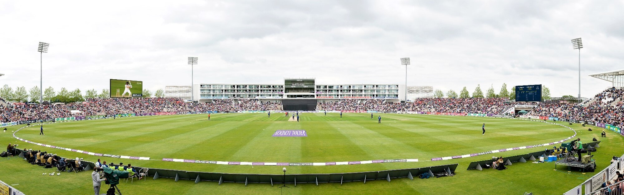 Ageas Bowl Becomes First Samsung Fully Connected Stadium In The UK